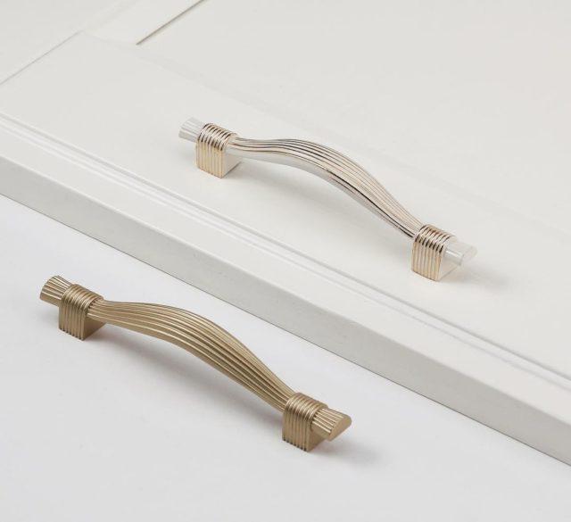 Ручка мебельная — УЗОРЧИКИ ВЕРСАЧЕ