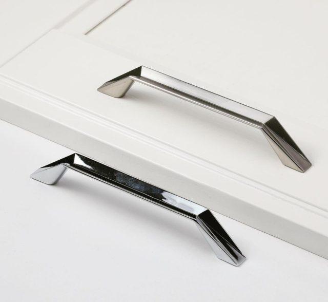 Ручка мебельная — ФЕРРО