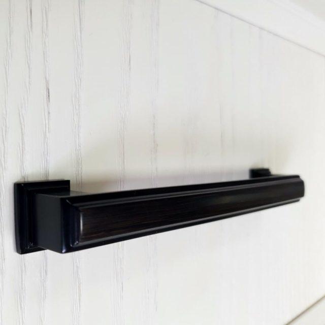 Ручка мебельная — ОЛЕУМ BLACK